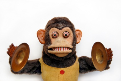 http://mediaslap.files.wordpress.com/2009/02/cymbal-monkey.jpg